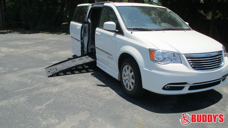 Miami Fl Wheelchair, Vans 2013 Chrysler Town and Country BraunAbility Chrysler CompanionVan Pluswheelchair van for sale